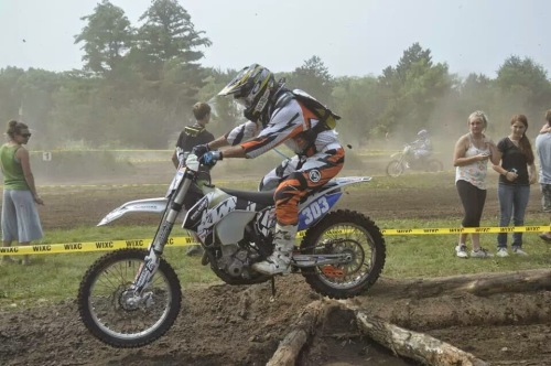 Goofy little EnduroX section at Cecil race!
